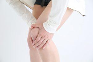 ヒアルロン酸注射を膝の治療で初体験!!効果や副作用など報告